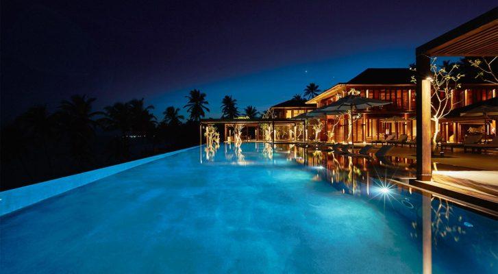 AW2-Ani-Villas-Dikwella-Sri-Lanka-Piscine-et-batiment-principal-nuit